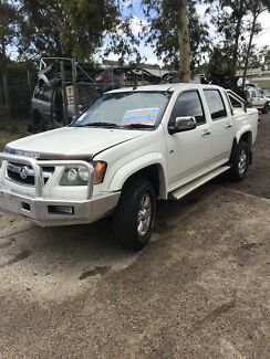 Colorado 2wd automatic wrecking md 18398 Rathmines Lake Macquarie Area Preview