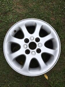 "4 mags 16"" VOLVO S40/ V40"