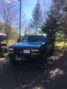 1988 chev k1500 350 5 speed *want gone*