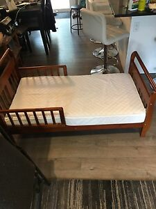 Wood Toddler bed for sale with mattress