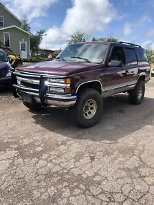 1999 Tahoe lifted and inspected in good shape