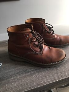 Men's Leather Roots Boots - Size 9