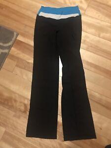 Lululemon size 4 Astro Pant $40