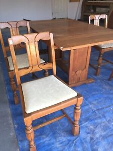 Card table / Dining table