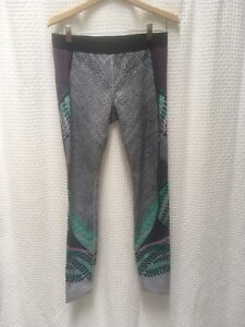 Gap Fit leggings size large