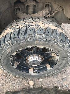 35 inch Mickey Thompson tires 8 bolt