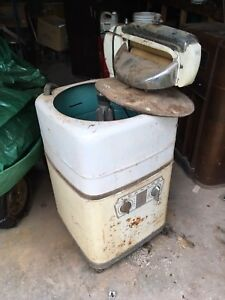 Old ringer washing machine