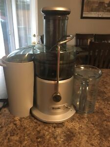 Breville Juicer - mint condition