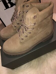 Suede Timberland Boot - Womens size 8/ Kids size 6 $120