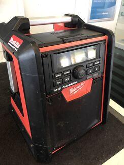Milwaukee M18 RC Radio & Charger