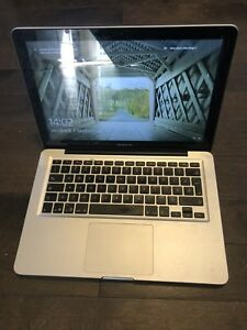 Macbook pro 2013 à vendre - 600$