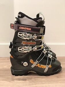 Bottes de ski backcountry/ touring Scarpa Skookum