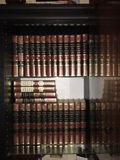 Funk and Wagnells - Complete Encyclopaedia collection (1980) pristine!