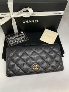 AUTHENTIC CHANEL BIFOLD CAVIAR WALLET LIKE NEW $1000