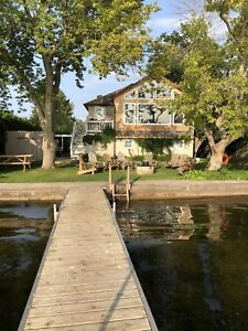 Available Longweekend (cancellation) 3 bdr Sturgeon L. Kawarthas