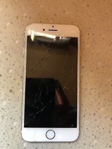 iPhone 6s cracked screen