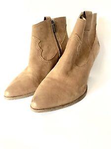 Women's Frye Reina ankle boots in camel size 7.5