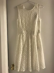 BNWT White Lace Dress Size Small