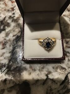 18k ring and 10 k earnings for sale