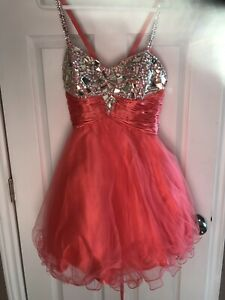 3cf804dab25 Grad dress. - REDUCED price !