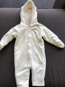 Old Navy fleece snow suit - size 12-18 months