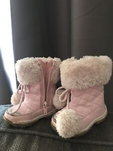 Pink baby girl winter boots size 4