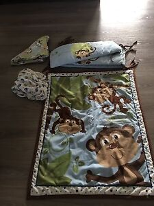 Gently used crib bedding