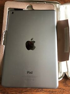 iPad mini MF432C/A 16gb 2012