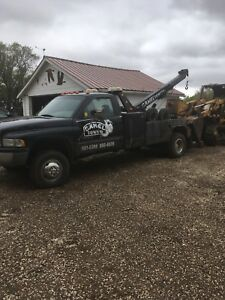 4x4 tow truck
