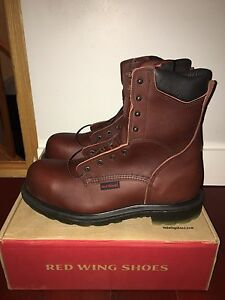 RED WING MEN'S SIZE 12 8-INCH BOOTS 3508