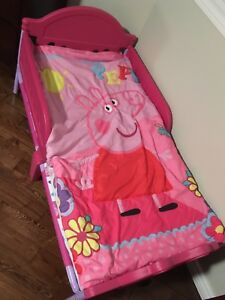 Toddler bed with new peppa pig bedding
