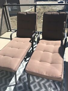 Patio chairs $140 ( 2 chairs)