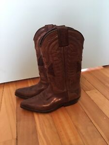 Cowgirl boots, size 5.5-6