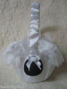 Western-Wedding-COWBOY-HATS-FRILLY-FLOWERGIRL-BASKET-WHITE