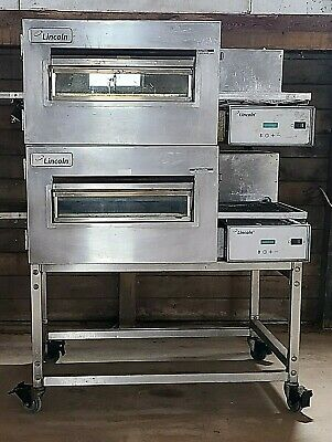 Lincoln 1132-002 Double Stack Single Belt Electric Conveyor Oven - 208v