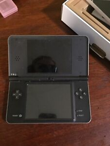DSI XL with accessories