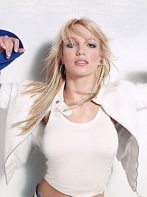 Britney Spears Unsigned 8x10 Photo (37)