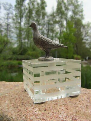 Beautiful Old Bronze Pigeon on Glass Base Figure 10,5 CM Collector's Item