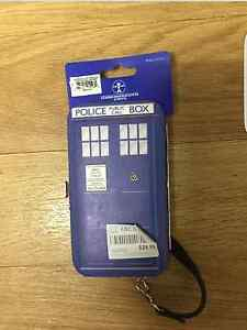 Brand New Dr Who Tardis IPhone 5s or IPhone SE Case/Wallet Tweed Heads South Tweed Heads Area Preview