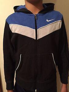 NIKE boy's jacket Embleton Bayswater Area Preview