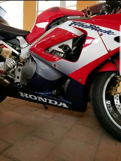 Honda cbr fireblade 929