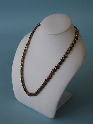 6.5hx5.5w White Leather Jewelry Display Small Bust Chain Necklace Ja11w1