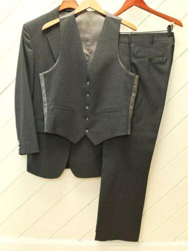 LikeNew Vintage_MOONEY-ANDREWS 3-Piece Gray PinStriped Wool Flannel Suit_Sz.39R