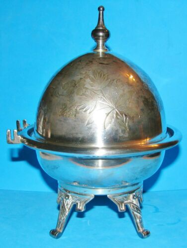 1900 Victorian Meridan B Co. 4926 Silver Plate Round Dome Butter Dish