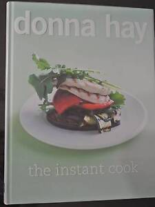 Donna Hay THE INSTANT COOK Cookbook - As new Ourimbah Wyong Area Preview