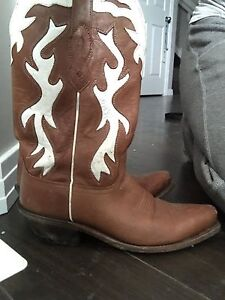 Woman's Old West Cowboy Boots