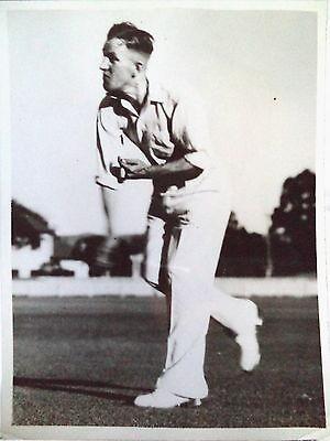 FRANK WARD FIELDING IN AUSTRALIA PRE 1938 TOUR PHOTO