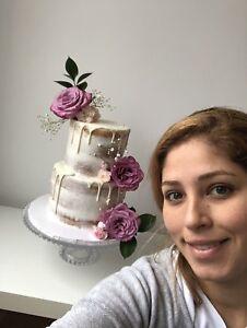 Custom cakes by Pao, floral macarons -seminaked-unicorn cakes