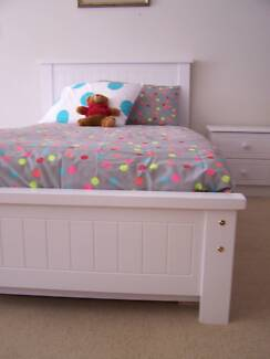KING SINGLE BED & SINGLE TRUNDLE (WHITE) -  DON'T PAY $600+ Maribyrnong Maribyrnong Area Preview
