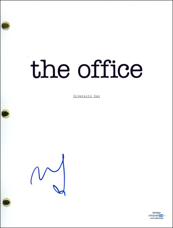 """Mindy Kaling """"The Office"""" AUTOGRAPH Signed Complete 'Diversity Day' Script ACOA"""